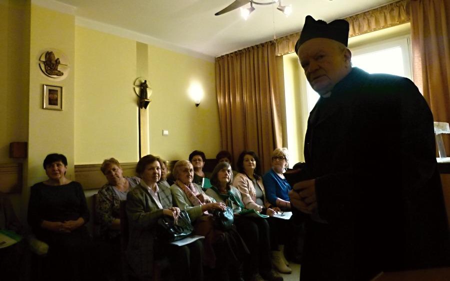 Powitanie - ks. Bogusław Kapelan Kaplicy św. o. Pio