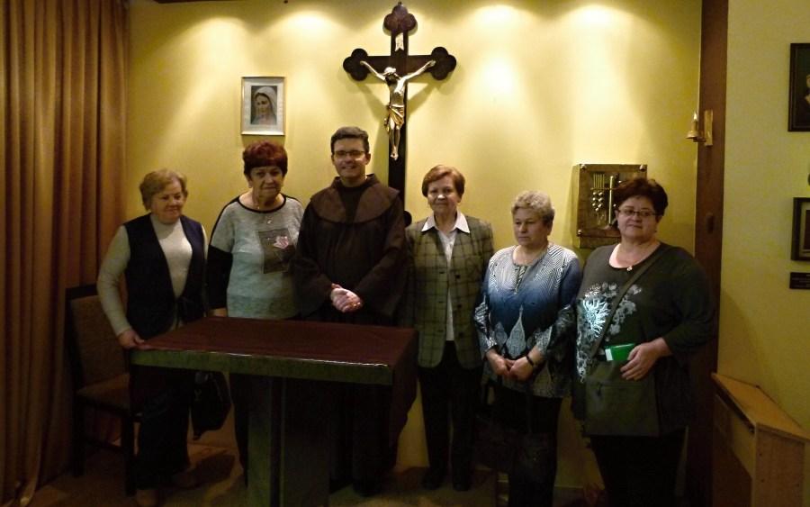 O. Emil i Grupa modlitwy ojca Pio z Parafii św. ojca Pio w Tychach